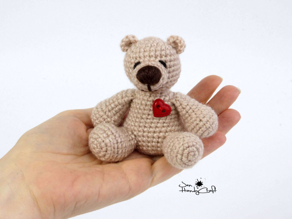 Miniature Bear with Heart