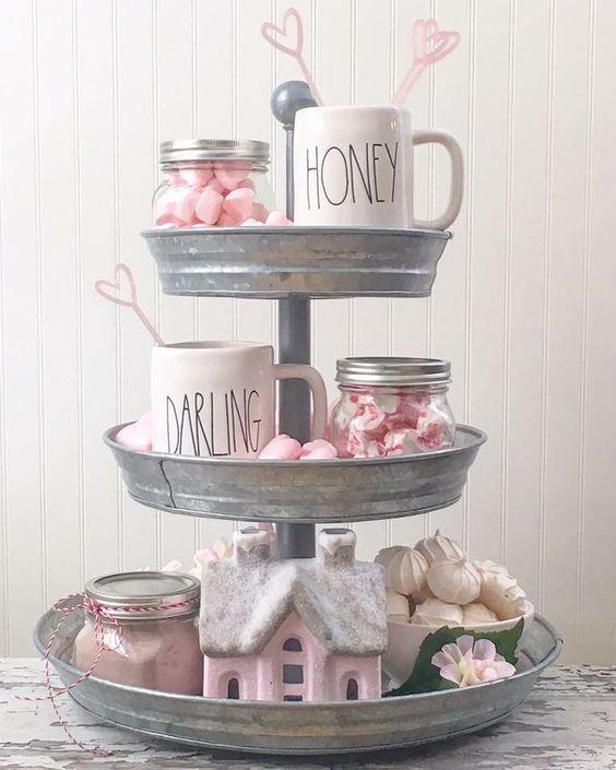 Farmhouse Style Valentine Decor Ideas