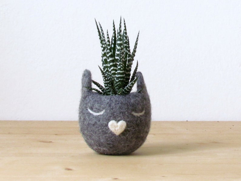 Grey Cat Planter
