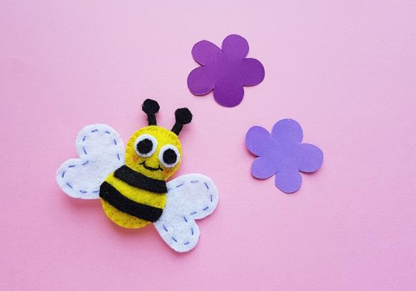 Felt Bumblebee